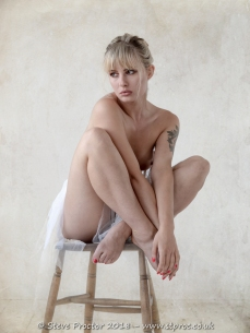Pippa Doll - Alone Again
